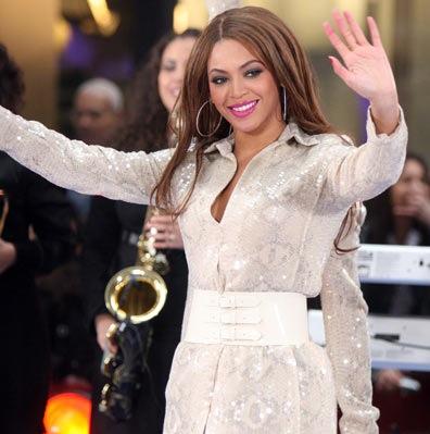Beyonce 3rd arm